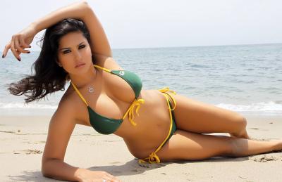 Watch Sunny Leone on Big Boss, Season 5!