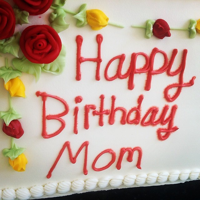 Mom's #birthdaycake #birthday #cake